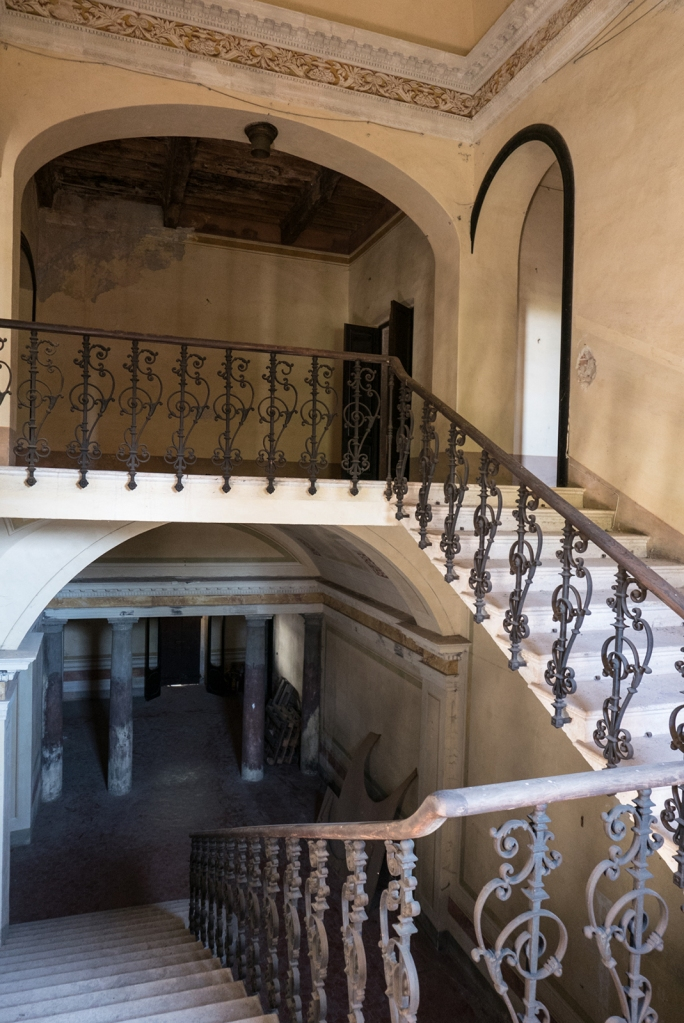 stairs Medici Hostelry